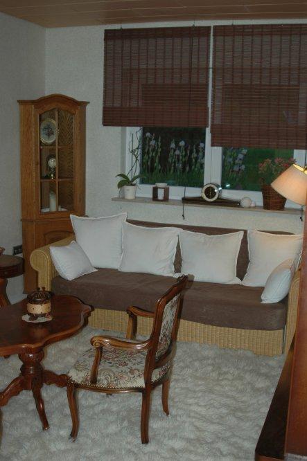 Wohnzimmer 'Omas Möbelzimmer'