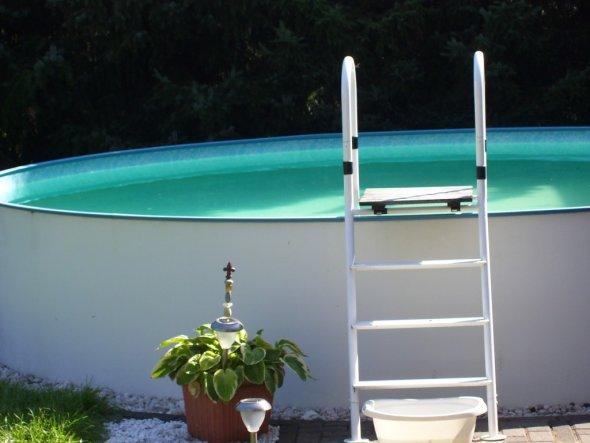 Beinah 20 Jahre alt der Pool - aber der Spaß ist unbezahlbar !
