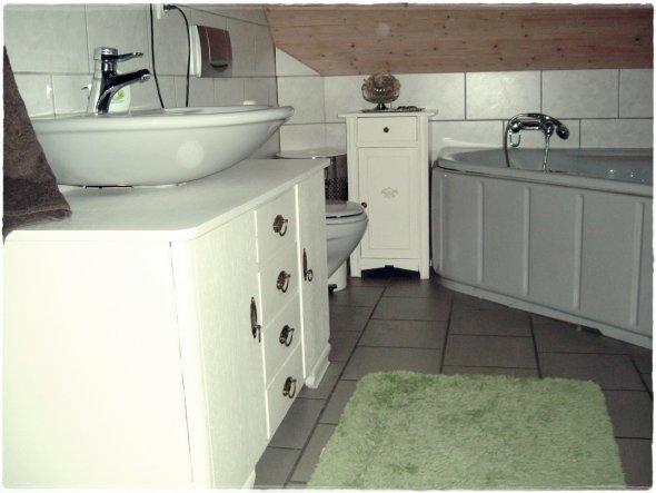 badezimmer spiegelschrank vintage spiegelschrank led. Black Bedroom Furniture Sets. Home Design Ideas