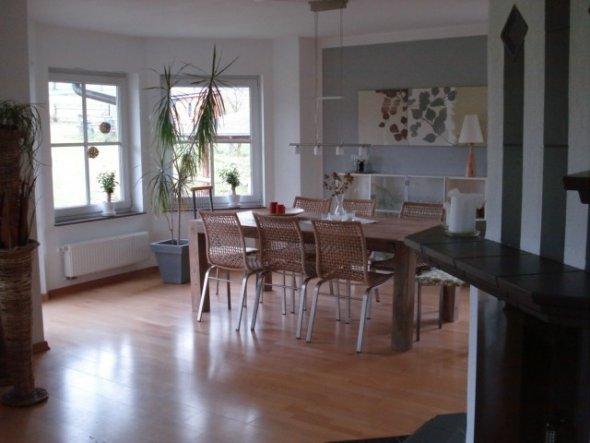 esszimmer 39 wohn und e zimmer im erker 39 home sweet home. Black Bedroom Furniture Sets. Home Design Ideas