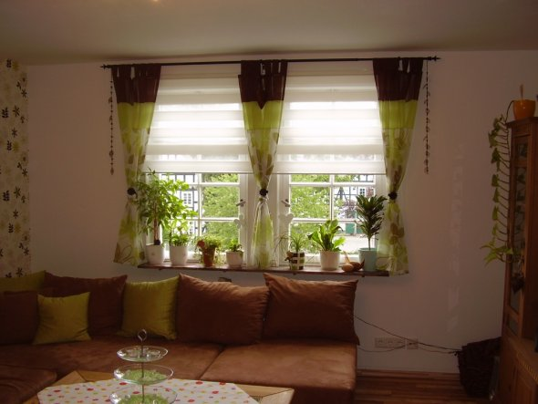 design : gardinen wohnzimmer grün ~ inspirierende bilder von ... - Wohnzimmer Einrichten Braun Grun