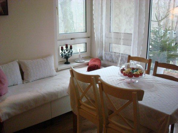 wohnzimmer 39 kuscheliges zuhause 39 living at home zimmerschau. Black Bedroom Furniture Sets. Home Design Ideas