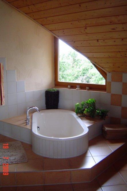 bad wellness oase mediterranes haus von einrichten 13224 wellness oase zimmerschau. Black Bedroom Furniture Sets. Home Design Ideas