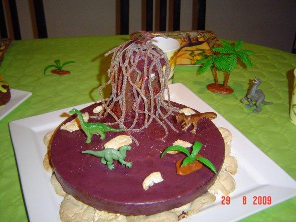 Grisel-Dino-Kuchen mein Sohn fand ihn toll.