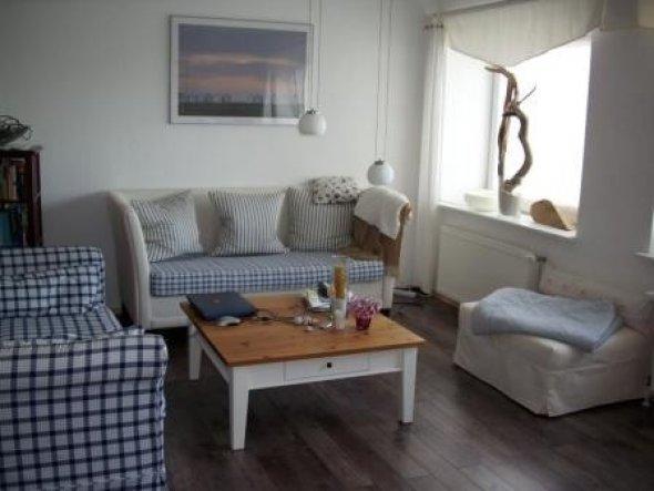 Lange gesucht, um ein zweites Sofa mit fast identischem Bezug zum ersten zu finden ...