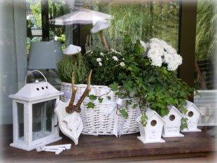 Terrasse am Haus und Deko