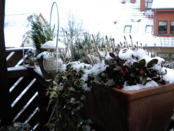 Zuerst hat es geschneit und dann regnet!