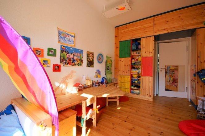 kinderzimmer 39 f r die kleinen 39 berlin home zimmerschau. Black Bedroom Furniture Sets. Home Design Ideas