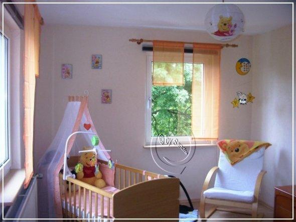 Kinderzimmer 39 winni puuh kinderzimmer 39 haus im gr nen for Kinderzimmer haus