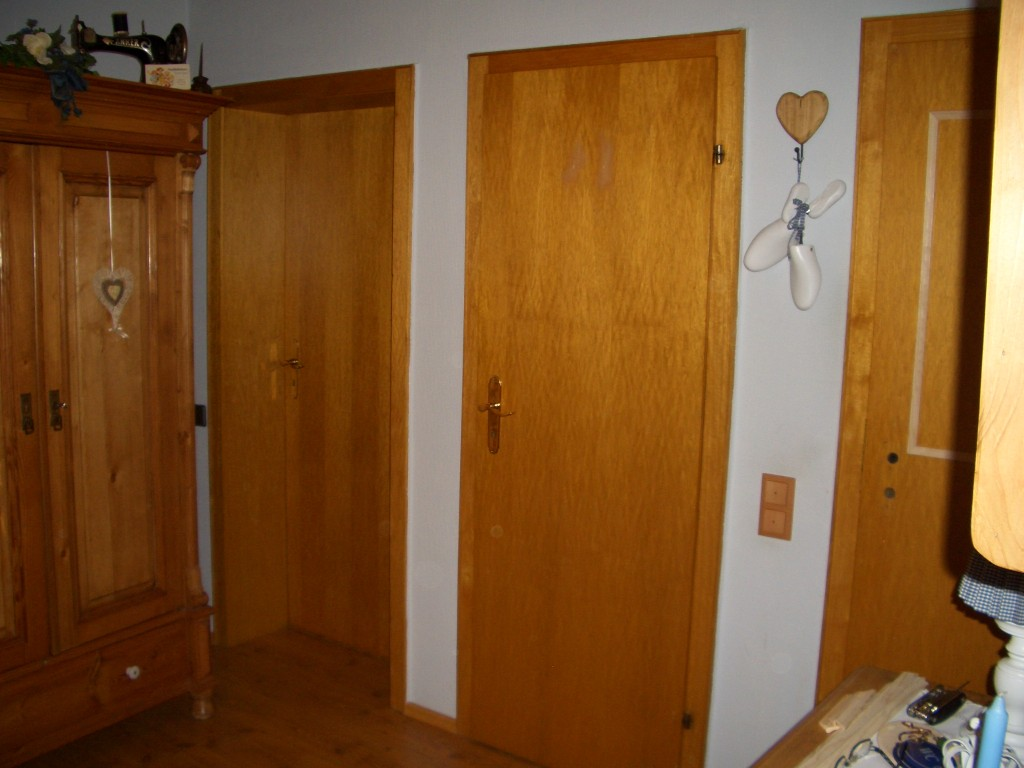 flur diele 39 aus alt mach neu 39 mein domizil zimmerschau. Black Bedroom Furniture Sets. Home Design Ideas