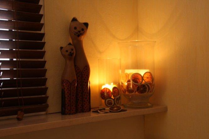 """Windlichter mit getrockneten Orangenscheiben, die """"versprühen"""" ein herrliches Licht!"""