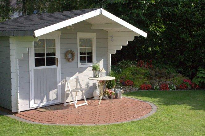 neues Tischchen für die Hütte Juli 2012 ;-)