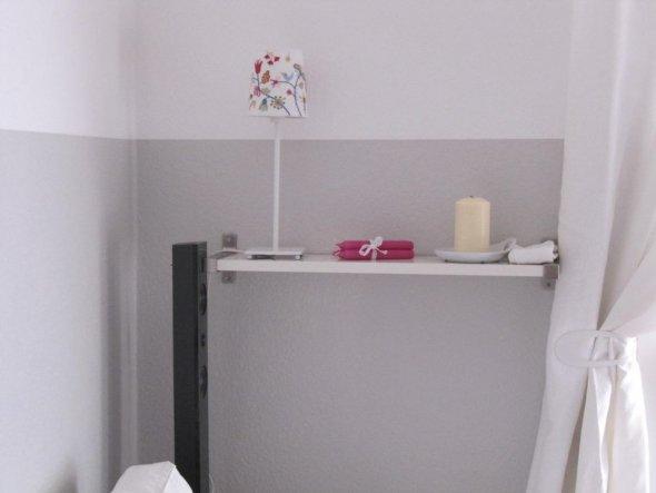 Neue Ablage mit neuer Lampe