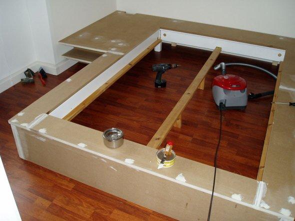 tipp von heribert bett langweilig bett selber bauen. Black Bedroom Furniture Sets. Home Design Ideas