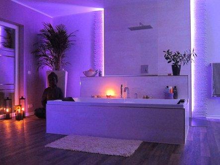 Bad 39 wellness lounge 39 unser traum vom haus zimmerschau for Traum badezimmer