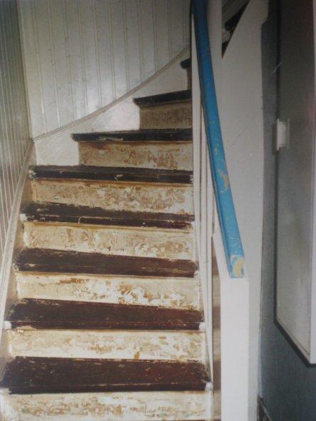 Treppenhaus im Kaufzustand 2002