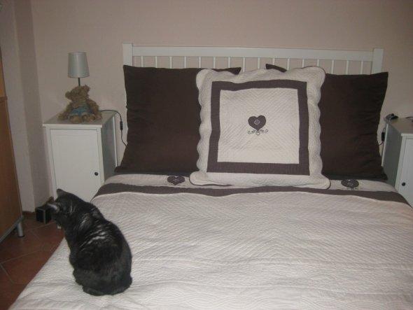 schlafzimmer 39 unser neues schlafzimmer 39 mein zechenhaus zimmerschau. Black Bedroom Furniture Sets. Home Design Ideas