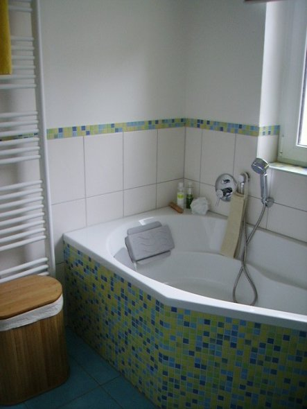 bad 39 mein ganz neues bad 39 rentnerdasein zimmerschau. Black Bedroom Furniture Sets. Home Design Ideas