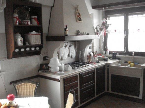 wohnzimmer 39 kueche wohn und esszimmer 39 bella roma zimmerschau. Black Bedroom Furniture Sets. Home Design Ideas