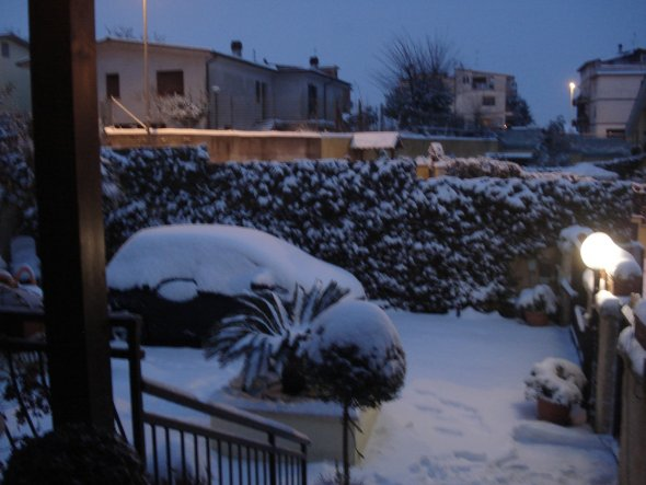 Hausfassade / Außenansichten 'Schnee auch in Rom'