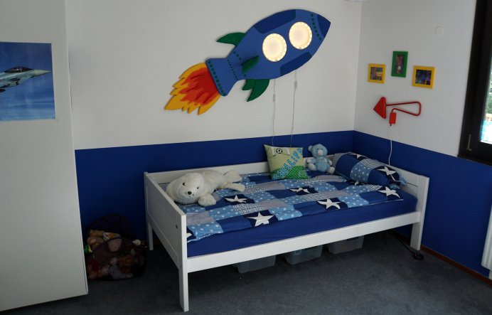 kinderzimmer 39 kinderzimmer f r 6 j hrigen jungen 39 home sweet home zimmerschau. Black Bedroom Furniture Sets. Home Design Ideas
