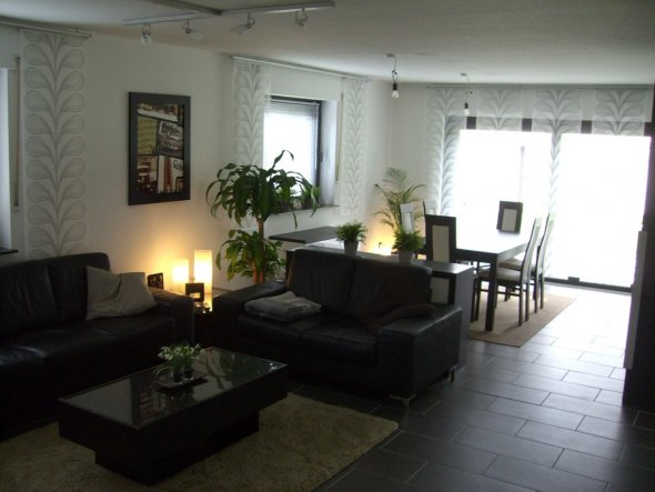 Wohnzimmer unser zuhause von smarty 15887 zimmerschau for Fliesen wohnzimmer modern