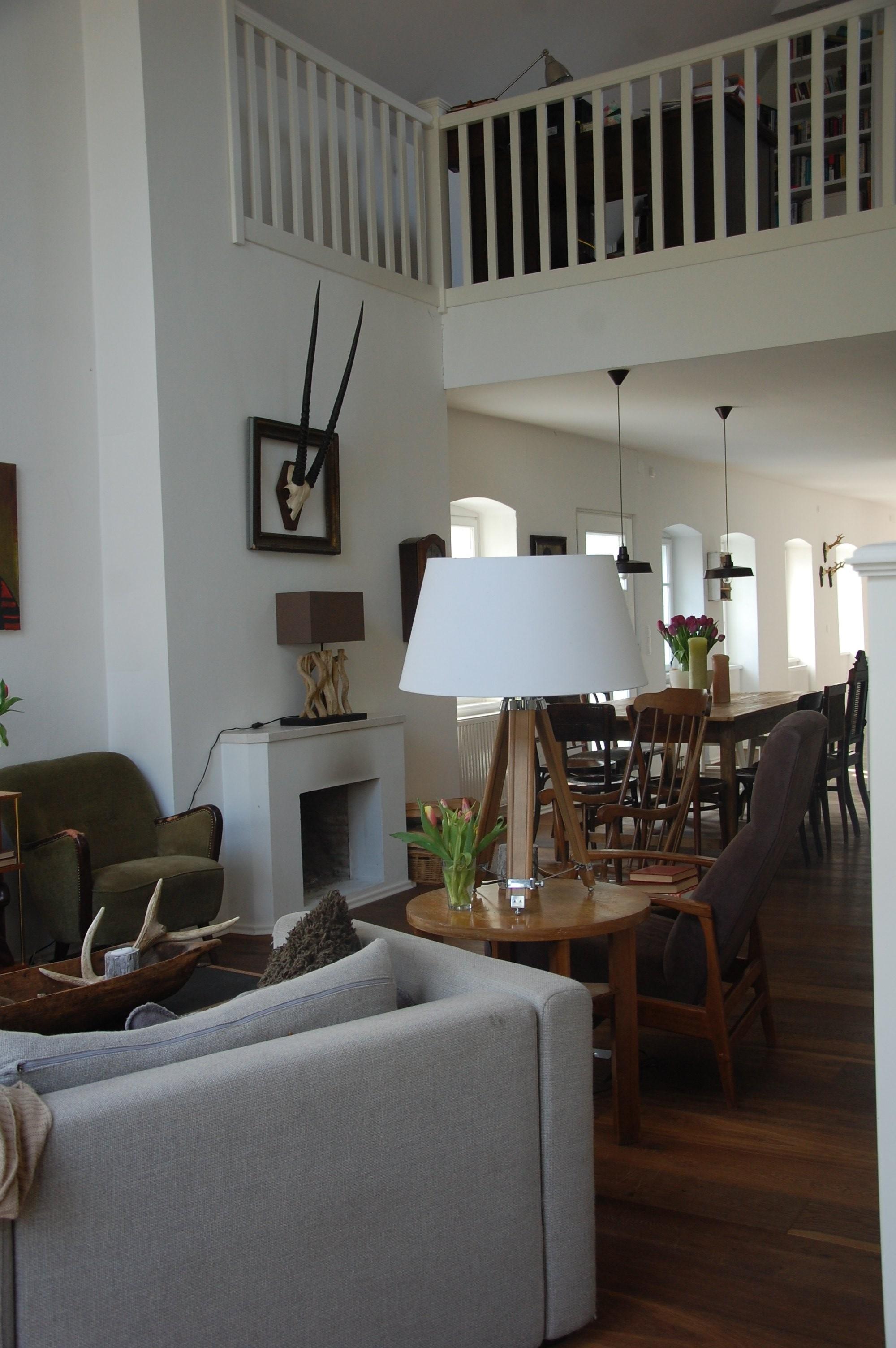 wohnzimmer 39 wohnzimmer 39 vorher nachher zimmerschau. Black Bedroom Furniture Sets. Home Design Ideas