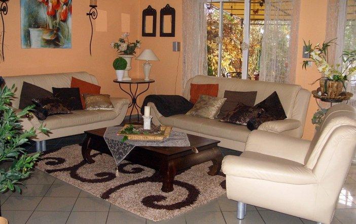 wohnzimmer 39 wohnzimmer 39 villa adamo zimmerschau. Black Bedroom Furniture Sets. Home Design Ideas