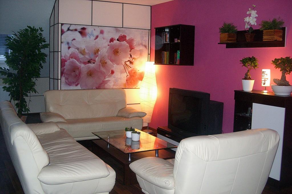 wohnzimmer 39 unser neu ausgebautes dachgeschoss 39 villa adamo zimmerschau. Black Bedroom Furniture Sets. Home Design Ideas
