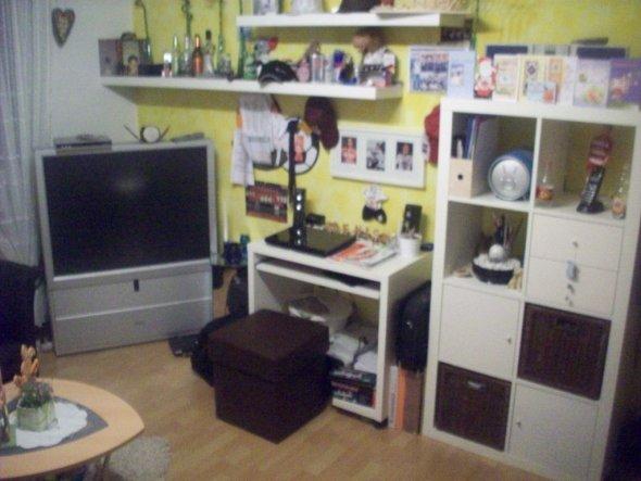 kinderzimmer 39 chaos zimmer nr 1 alt 39 wohn esszimmer zimmerschau. Black Bedroom Furniture Sets. Home Design Ideas