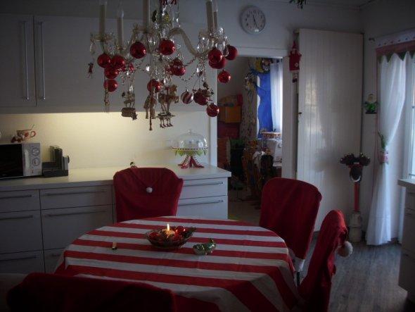 Unsere neue Küche und natürlich weiß und rot
