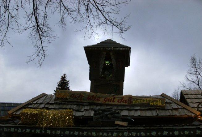 Hausfassade / Außenansichten 'Mannheimer Märchenwald'