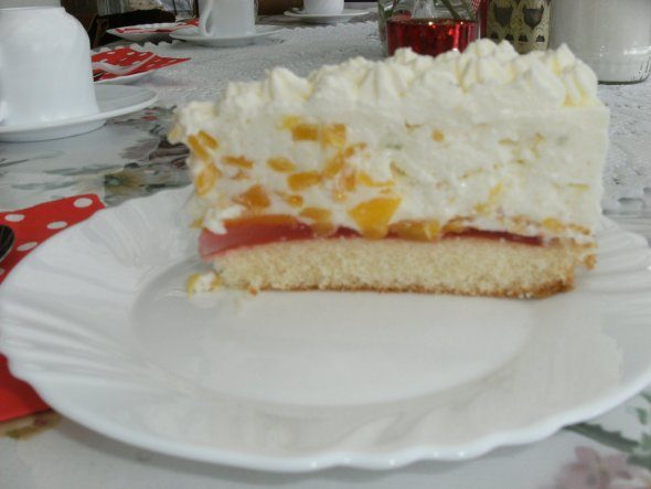 Pfirsich-Limette-Joghurt-Torte