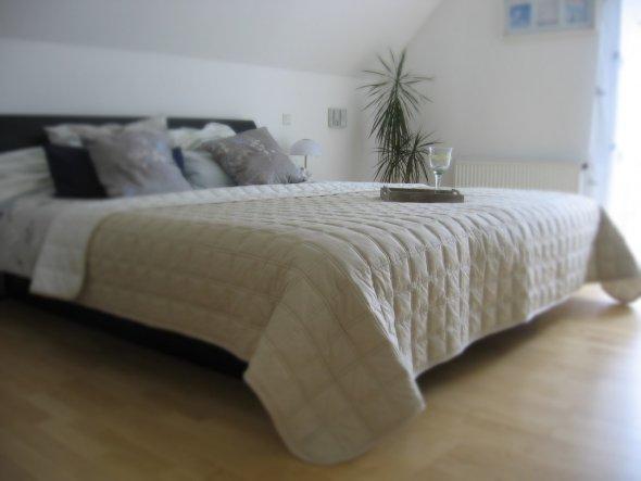 Schlafzimmer Schlafzimmer Unser Traumhaus Zimmerschau - Schlafzimmer mit wasserbett
