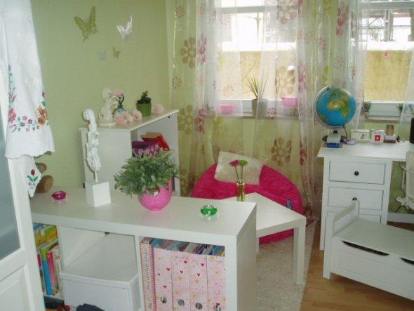 Kinderzimmer 39 tinis reich 39 unser heim zimmerschau - Kinderzimmer hannah ...