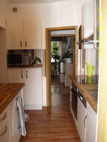 k che 39 kochinsel 39 leo s home zimmerschau. Black Bedroom Furniture Sets. Home Design Ideas