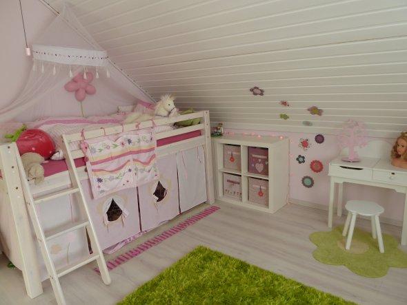Kinderzimmer Unser Hauschen Von Tn828 33566 Zimmerschau