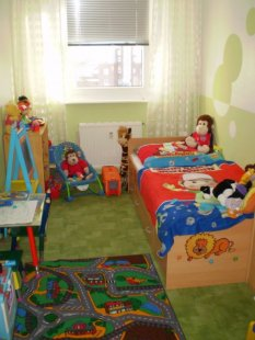 kinderzimmer 39 dschungel kinderzimmer 39 dschungel kinderzimmer zimmerschau. Black Bedroom Furniture Sets. Home Design Ideas