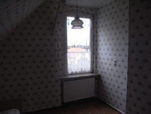 freies Zimmer oben