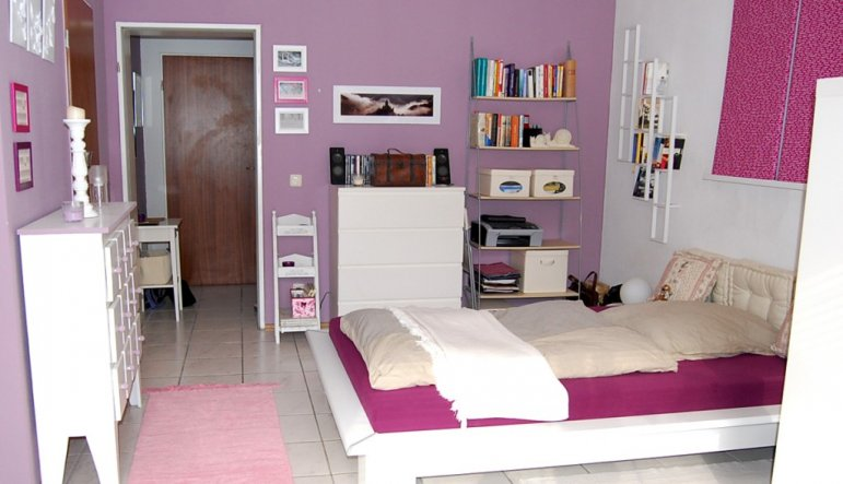 wand streichen ideen lila und. Black Bedroom Furniture Sets. Home Design Ideas