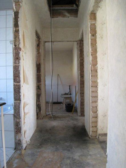 flur diele 39 flur diele 39 renovierung 2010 11 zimmerschau. Black Bedroom Furniture Sets. Home Design Ideas