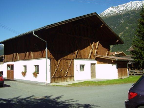 Hausfassade / Außenansichten 'Hausbau 2010'