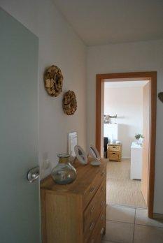 flur diele 39 flur unten 39 unser landh uschen zimmerschau. Black Bedroom Furniture Sets. Home Design Ideas
