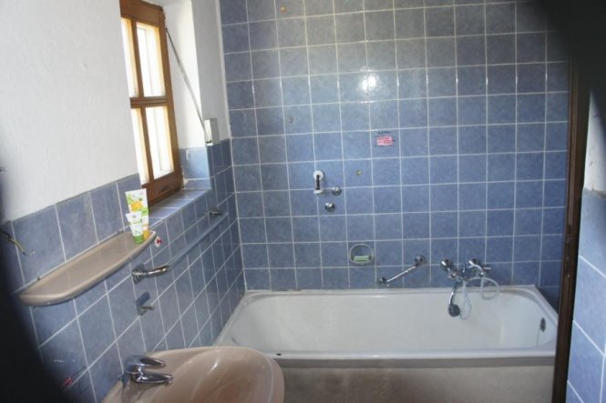 Ihr seht selber, daß Bad muss gemacht werden.