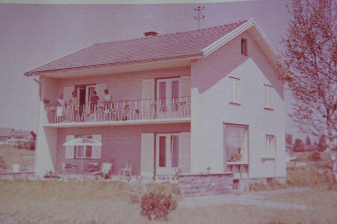 Das Foto ist von 1960. Ist mir heute in die Hände gefallen.