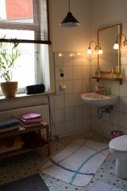 bad 39 bad 39 meine kleine wohnung zimmerschau. Black Bedroom Furniture Sets. Home Design Ideas