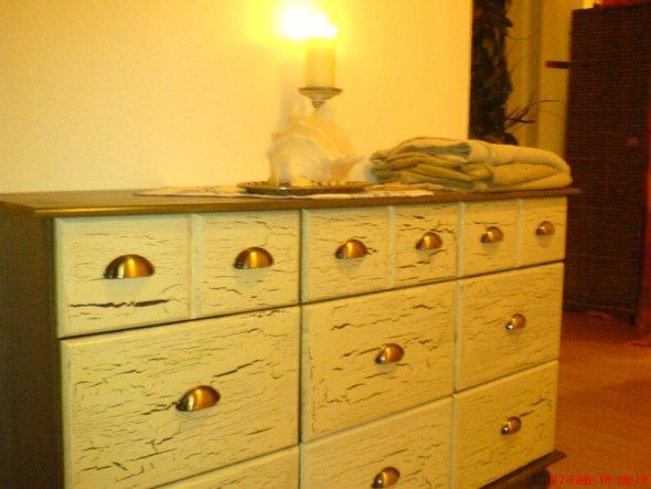 Apothekerschrank, antik gestrichen (das war ne Arbeit!)