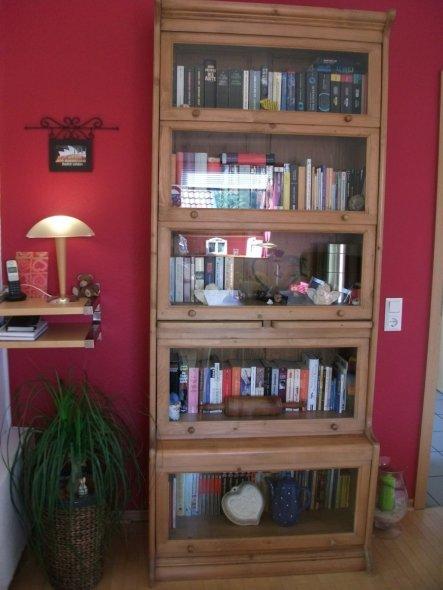 Mein liebster Bücherschrank. Gesehen und wir haben uns gleich verliebt.