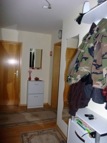 flur diele meine 2 raumwohnung von lostcherry 18544 zimmerschau. Black Bedroom Furniture Sets. Home Design Ideas