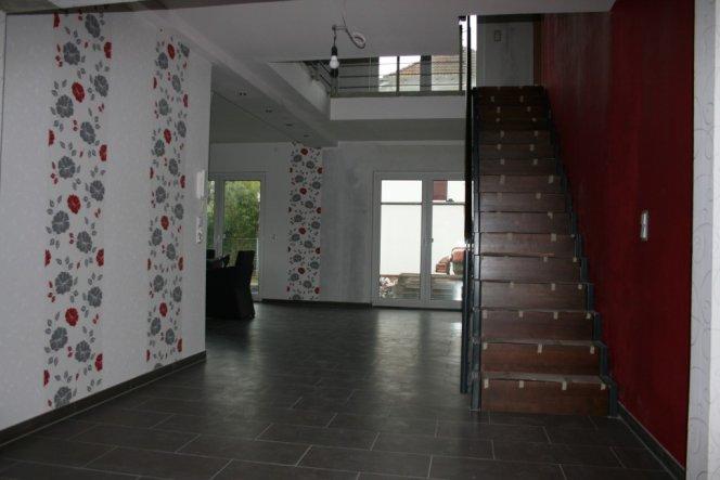 flur diele 39 flur galerie 39 die rote stadtvilla zimmerschau. Black Bedroom Furniture Sets. Home Design Ideas